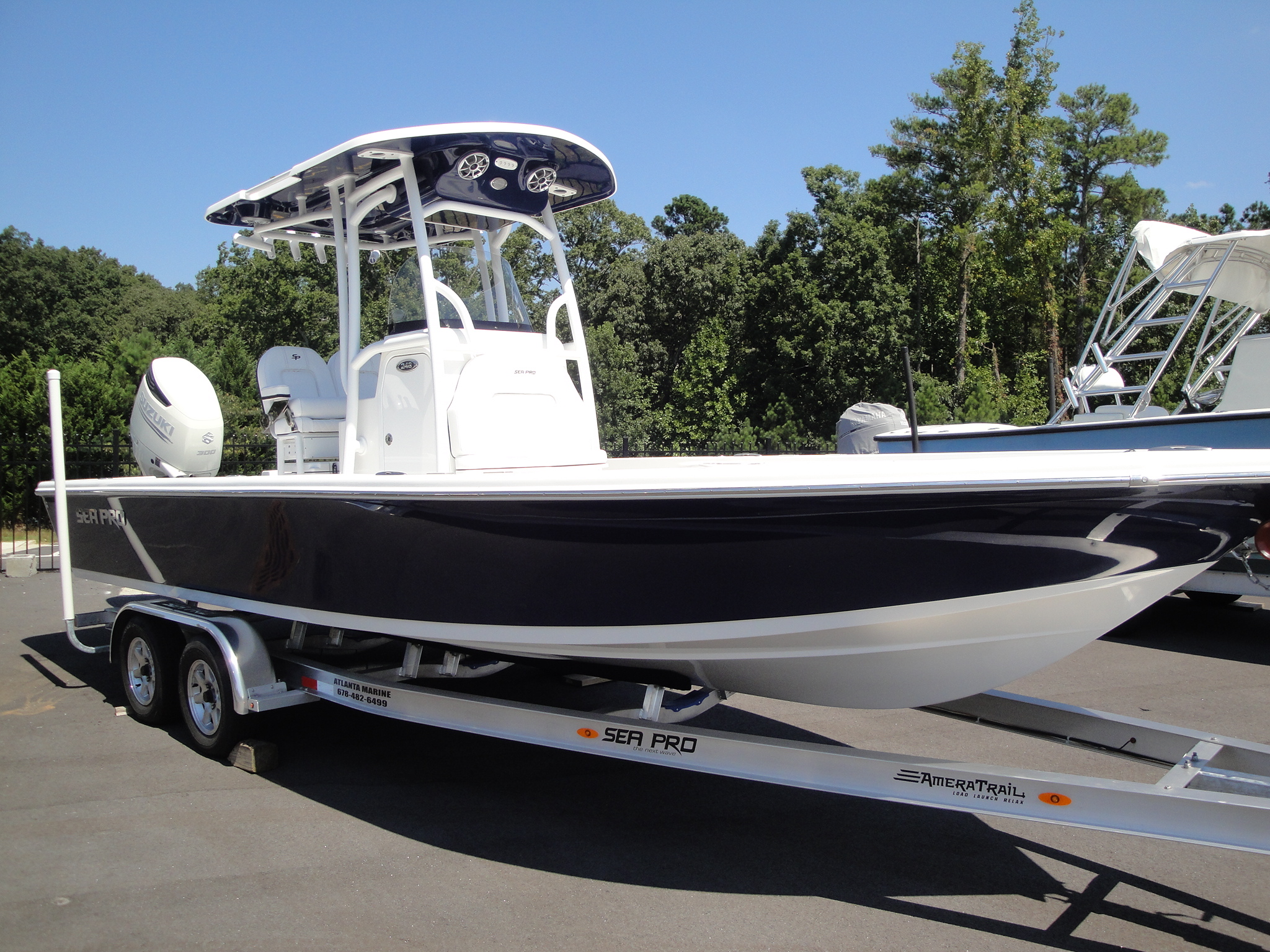 2021 Sea Pro 248 DLX Bay Series0